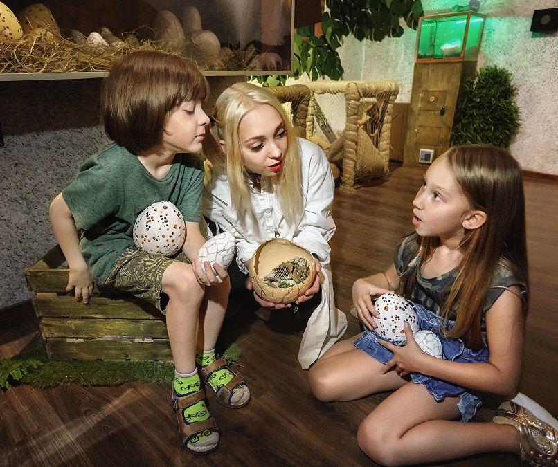 2 Фото квест кімнати Прогулянка з динозаврами в місті Київ