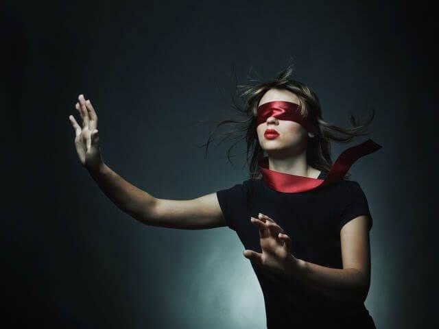 1 Фото квест комнаты Прятки в темноте в городе Днепр