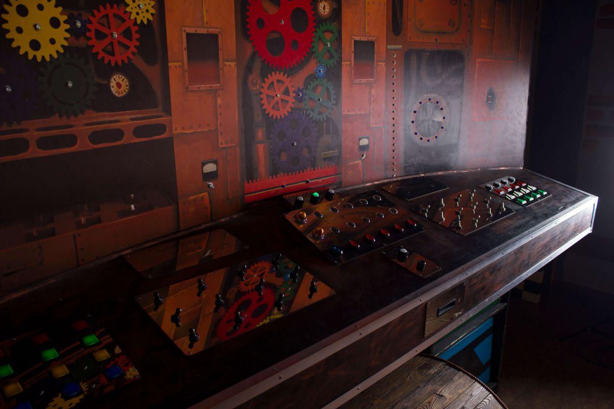 2 Фото квест кімнати Валізна фабрика в місті Київ