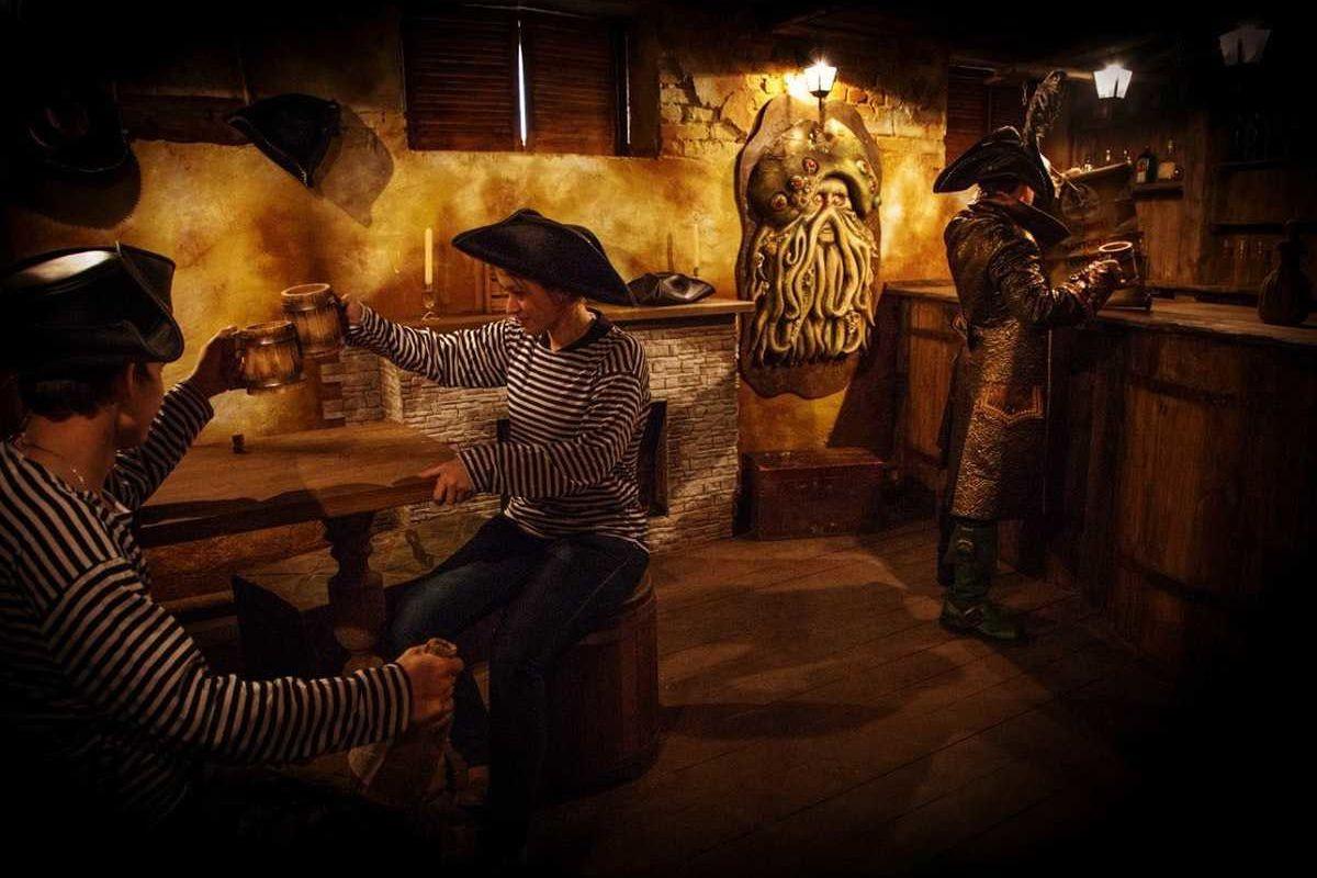 Картинка квест комнаты Пираты Карибского Moря в городе Львов
