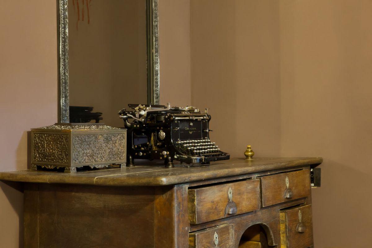 2 Фото квест кімнати Гостьовий будинок привида в місті Київ