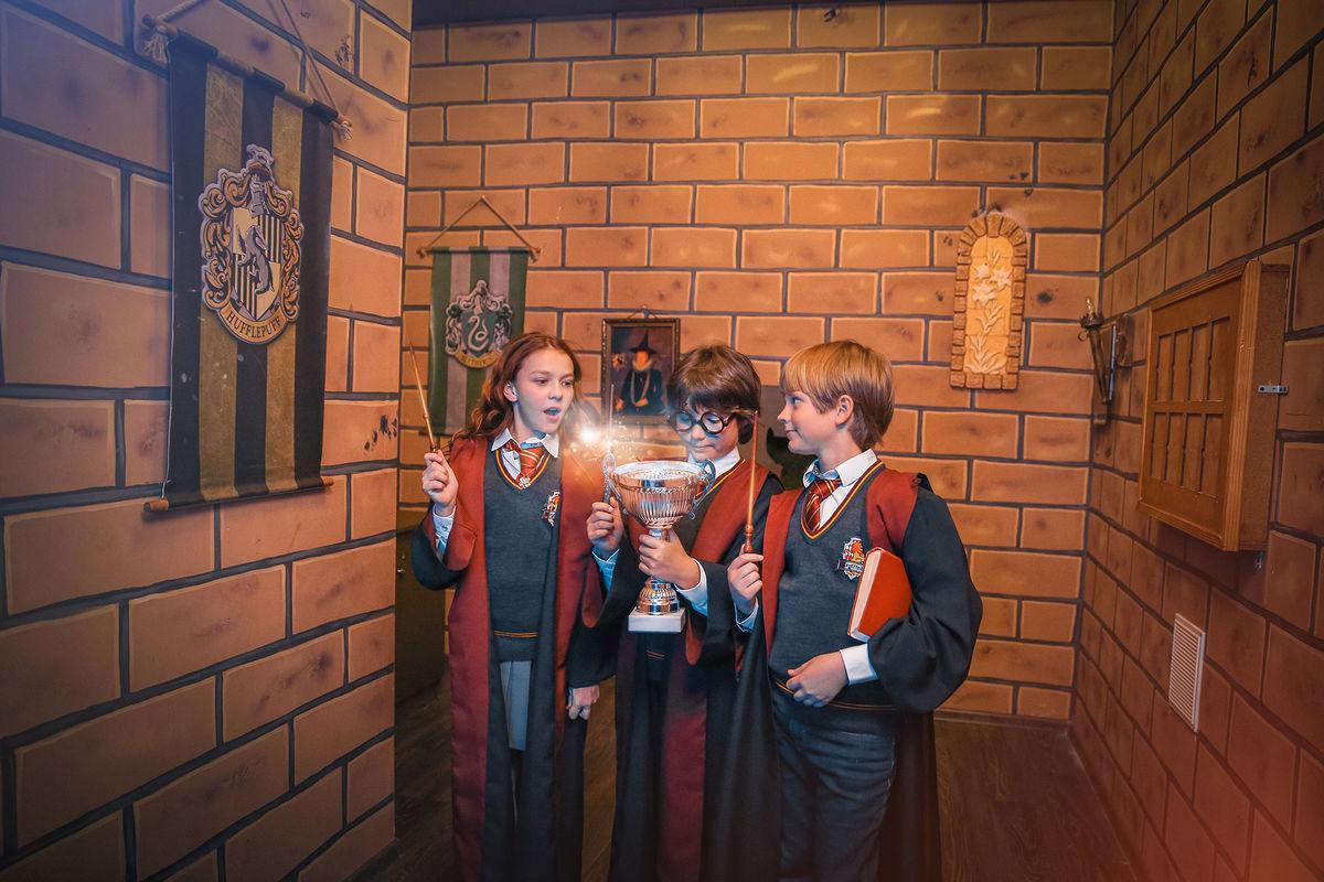 3 Фото квест комнаты Гарри Поттер в городе Киев