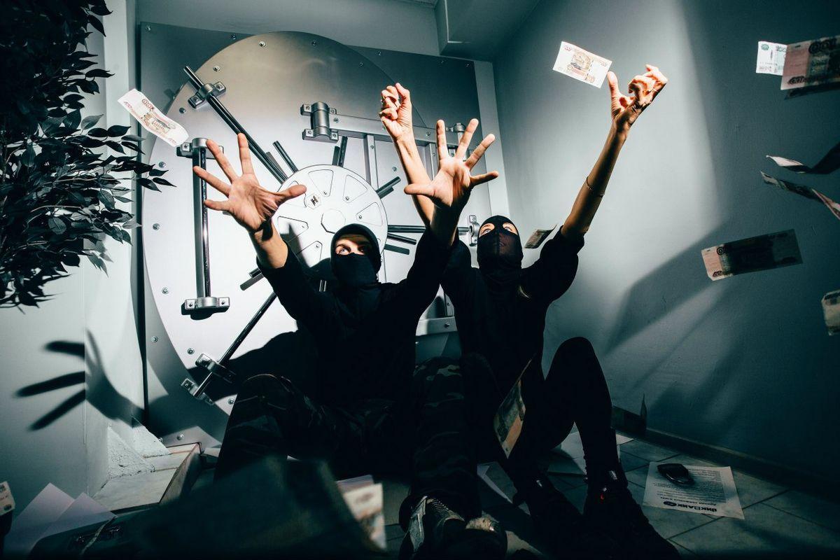 Картинка квест комнаты Ва-Банк: украсть миллион в городе Киев