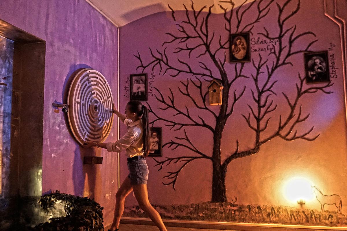 2 Фото квест кімнати Дзвінок. Енігма Самари Морган в місті Львів